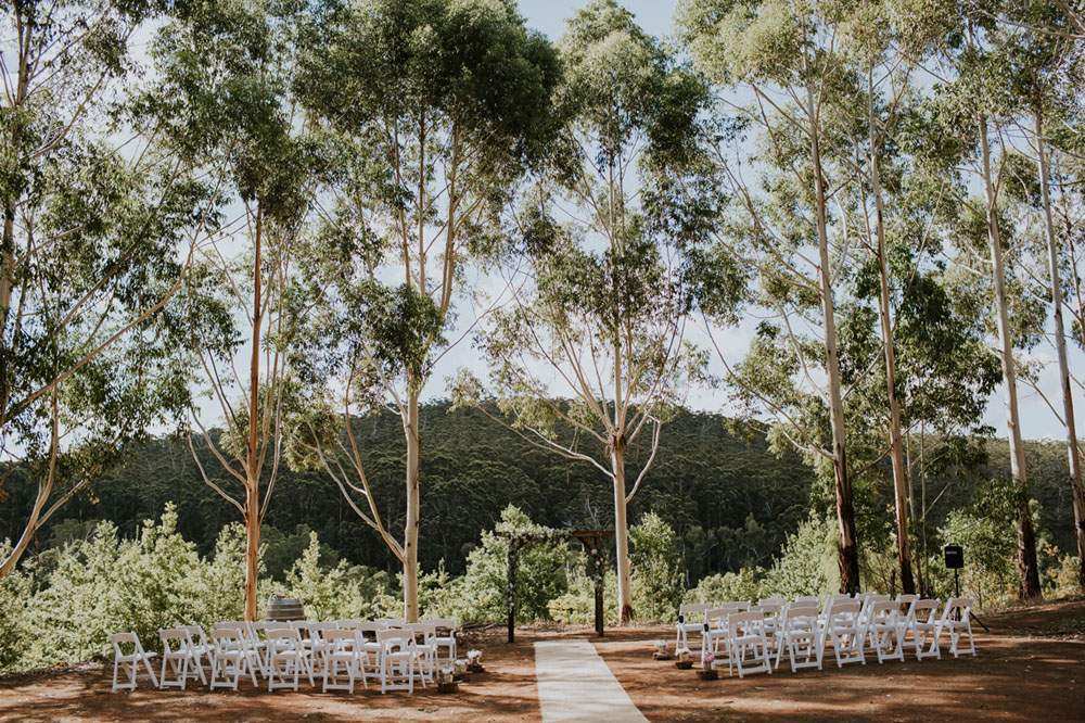 Stonebarn Weddings Offers You the Entire Estate for Your Wedding.