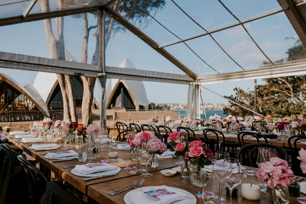4 Tips on Planning A Marquee Wedding